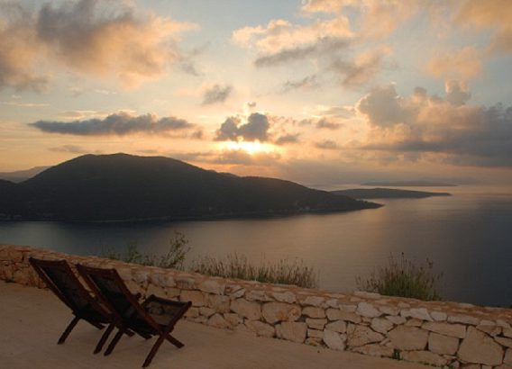 Yoga retreat greece with meditation